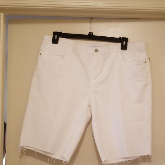 Sam Edelman Pants - Distressed white raw edge Bermuda shorts 16/33